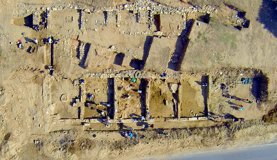 "Aerial photo of the portico discovered by the team of Jacques Perreault. Based on electrical resistivity tests, the structure continues for several metres. The picture was taken from a camera attached to a mini-unmanned quadcopter. (Photo: Jacques Perreault, Université de Montréal) Tourner cette photo 90 degrés ""counter clockwise"""